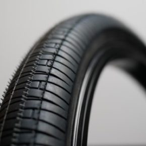 ARES A-CLASS TIRE WIRE